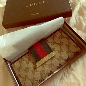 Gucci Supreme Canvas Wallet- Green/Red/Gold